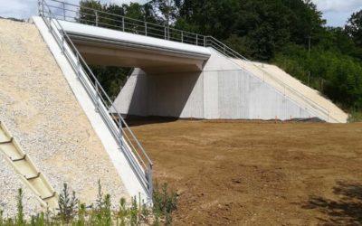 Le pont rail : un premier ouvrage de l'infrastructure sort de terre